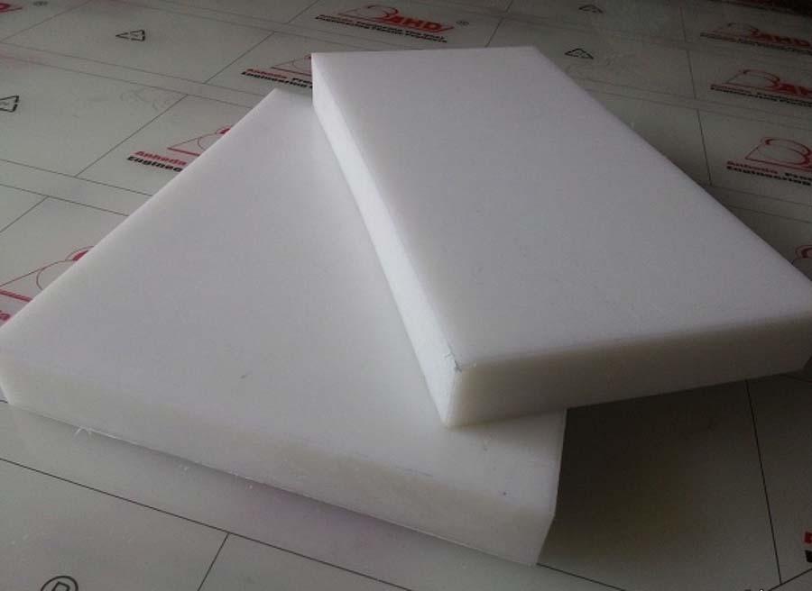 tấm nhựa HDPE màu trắng sữa
